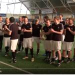22 Amateur Fußballer vs. 11 Profi Kicker